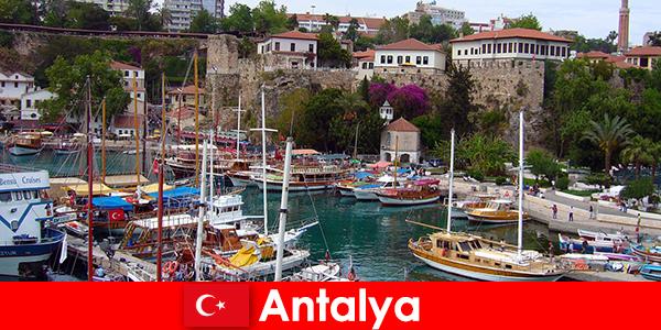 Türkei Antalya Urlaubsort an der Mittelmeerküste