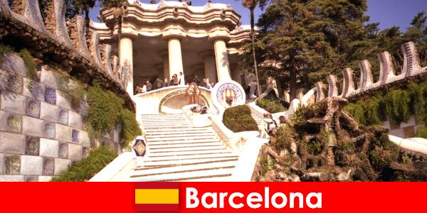 Die besten Highlights und Sehenswürdigkeiten für Touristen in Barcelona