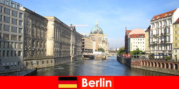 Tipps für einen Familienurlaub mit Kindern in Berlin Deutschland
