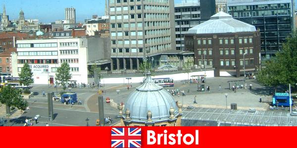 Sehenswürdigkeiten in der Stadt Bristol in England für reisende Urlauber