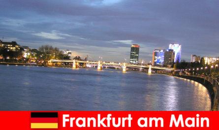 Exklusive Luxusreisen in die Stadt Frankfurt am Main in Nobel Hotels