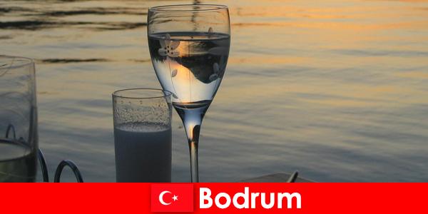 In Türkei Bodrum Diskotheken Clubs und Bars für junge Touristen