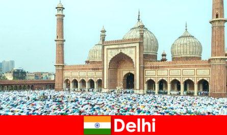 Delhi eine Metropole im Norden Indiens geprägt mit Weltbekannten muslimischen Bauwerken