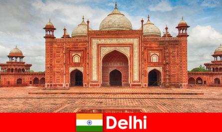 Die besten Sehenswürdigkeiten in Indien finden Reisende in Delhi