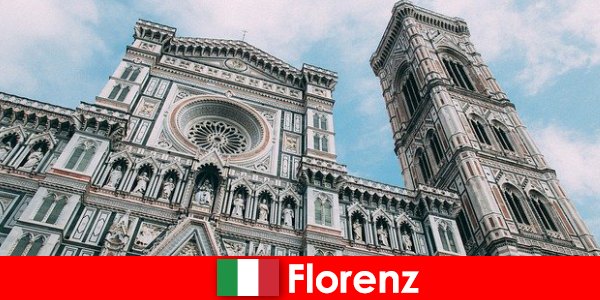 Florenz mit vielen kunsthistorischen bedeutenden Städten zieht Besucher aus aller Welt