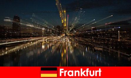Frankfurt europäischer Verkehrsknotenpunkt für Landfremde in Deutschland