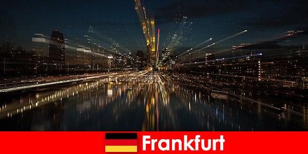 Hab pengangkutan Eropah Frankfurt untuk warga asing di Jerman