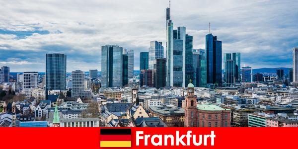 Tourismus Attraktionen in Frankfurt, die Metropole für Hochhäuser
