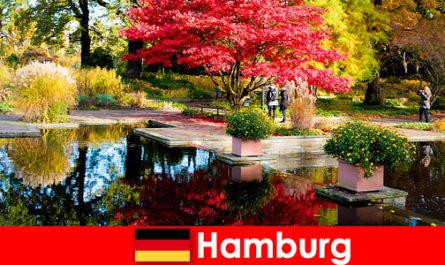 Hamburg eine Hafenstadt mit großen Parkanlagen für erholsame Ferien