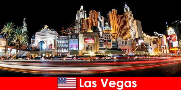 Las Vegas die Welthauptstadt der Unterhaltung erfreut Ausländer mit seinem Nachtleben