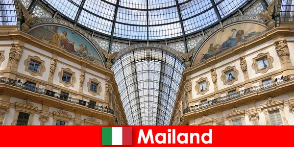 Geheimnisvolle Atmosphäre in Mailand mit Symbolen der Renaissance