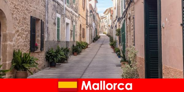 Paradies für Sport Touristen auf Mallorca in Natur Landschaften und Strände