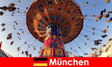 Internationale Sportveranstaltungen und Oktoberfeste in München ist ein Anziehungspunkt für Gäste