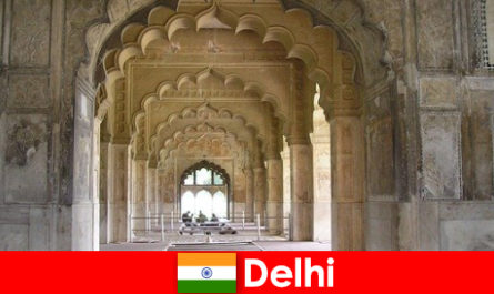 Fremde lieben die Kulturreisen nach Delhi in Indien