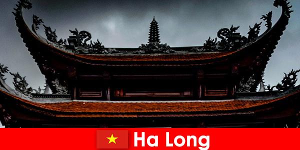 Ha long wird als Kulturstadt unter Fremden bezeichnet