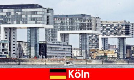 Imposante Hochbauten in Köln bringen Fremdlinge zum staunen