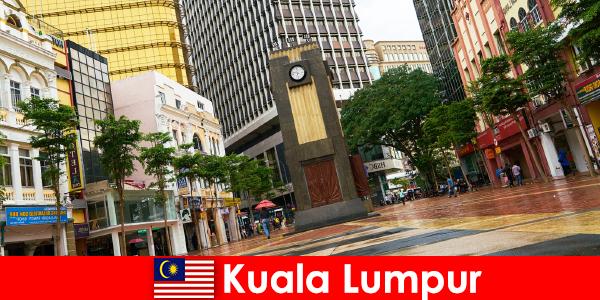 Kuala Lumpur kulturelles und ökonomisches Zentrum der größten Metropolregion von Malaysia