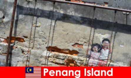Faszinierende und vielfältige Strassenkunst in Penang Island bringt Fremde zum staunen