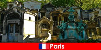 Europareise für Friedhofs Liebhaber mit aussergewöhnlichen Grabstätten in Frankreich Paris