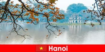 Hanoi Vietnam Jadebergtempel und Literaturtempel begeistern Touristen