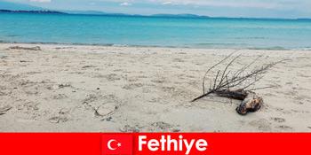 Erholungsreise für gestresste Touristen an der türkische Riviera Fethiye