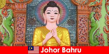 Pauschalreisen und Kultur Exkursionen für Touristen nach Johor Bahru Malaysia