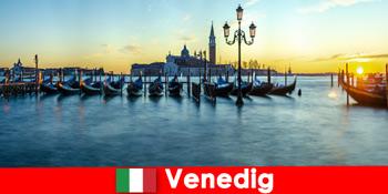 Träumerische Flitterwochen für Paare in die schwimmende Stadt Venedig Italien