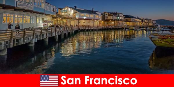 संयुक्त राज्य अमेरिका में सैन फ्रांसिस्को, तट जिला छुट्टियों का एक गुप्त पसंदीदा है