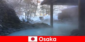 Osaka Japan bietet Kurgästen das Baden in heißen Quellen an