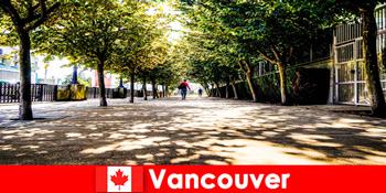 Kanada Vancouvers Stadtführer begleiten Auslandsurlauber in lokalen Ecken