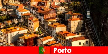 Wochenende Streifzug durch die Altstadt von Porto Portugal