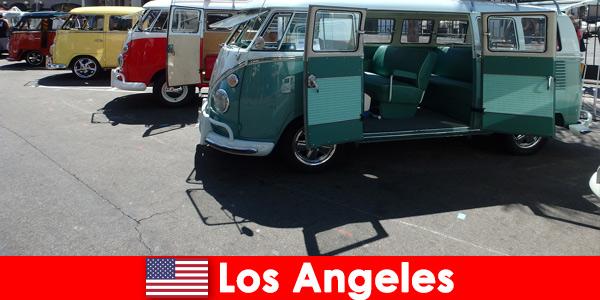 विदेशियों खोजी यात्राओं के लिए लॉस एंजिल्स संयुक्त राज्य अमेरिका में सस्ती कारों किराए पर