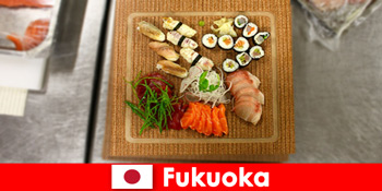 Für kulinarisch interessierte Reisende ist Fukuoka Japan ein beliebtes Ziel