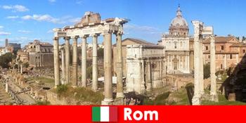 Bustouren für europäische Gäste zu den antiken Ausgrabungen und Ruinen in Rom Italien
