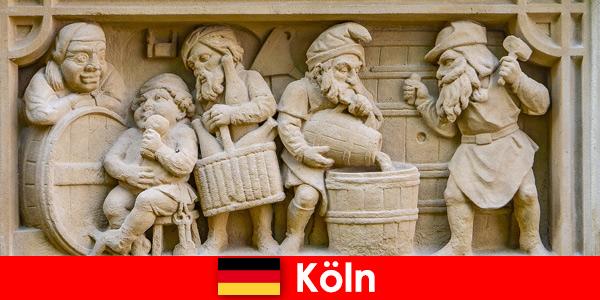 Пивоварне мистецтво з місцевою кухнею в Кельні Німеччина для європейських щотижневих гостей